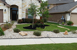 Landscaping | Clayman Outdoors | Georgetown, TX | (512) 905-3486