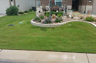 Lawn Maintenance | Clayman Outdoors | Georgetown, TX | (512) 905-3486